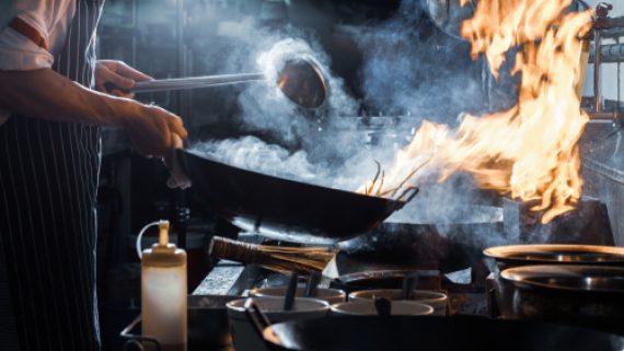 khói bếp nhà hàng